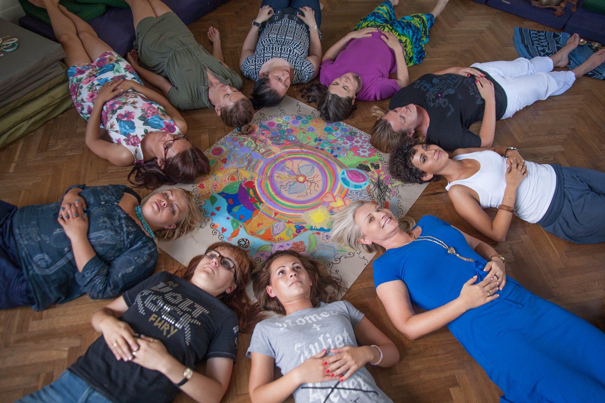 Krąg Kobiet czwartkowy - zapraszamy od września